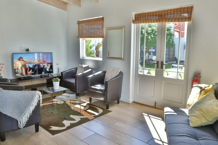 cottage_seating2 (1)